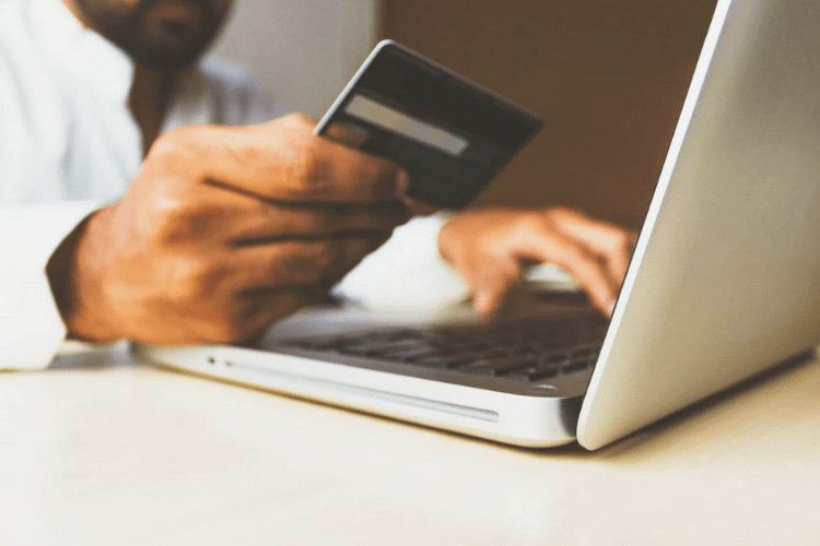 obtenir des avis clients apres achat commande en ligne