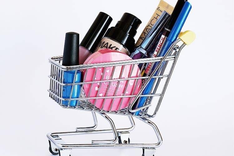 mise sur le marche de produits cosmetiques